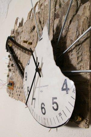 Clockworks 1 - sideview